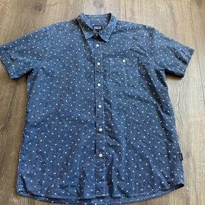 Patagonia Short sleeve shirt sz XL